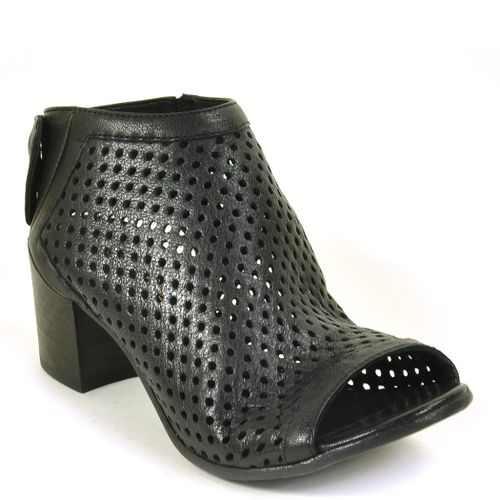 0794 Perforated Slingback