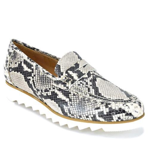 825 Roccia Flat Loafer
