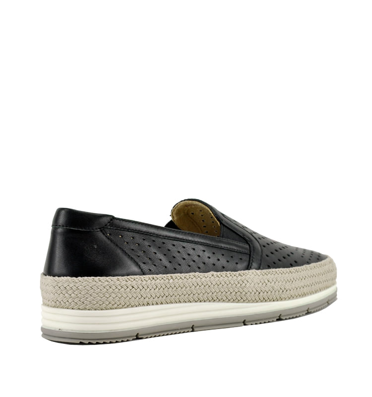 Qabic-Perforated-Leather-Closed-Flat-10-Black-2