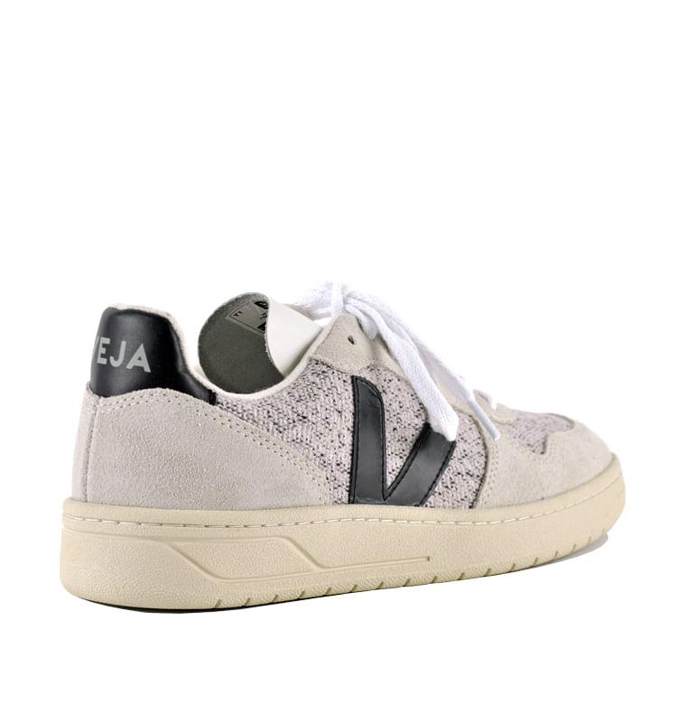 V-10-Flannel-V-Sneaker-35-Black-2