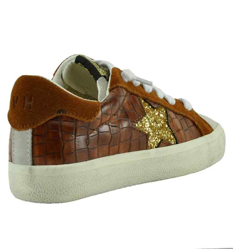 Punch-Croc-Suede-Sneaker-11-Brown-2