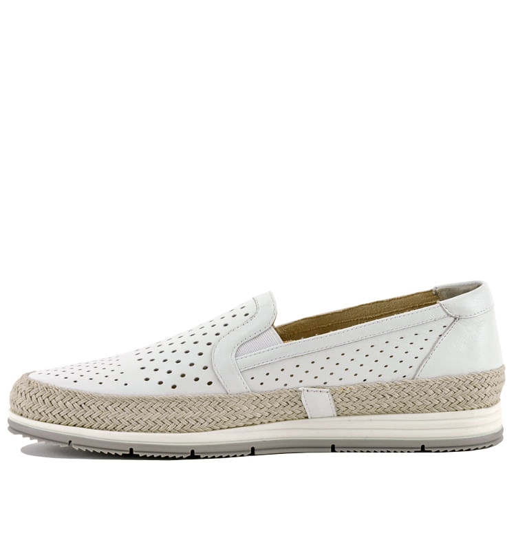 Qabic-Perforated-Leather-Closed-Flat-11-White-3