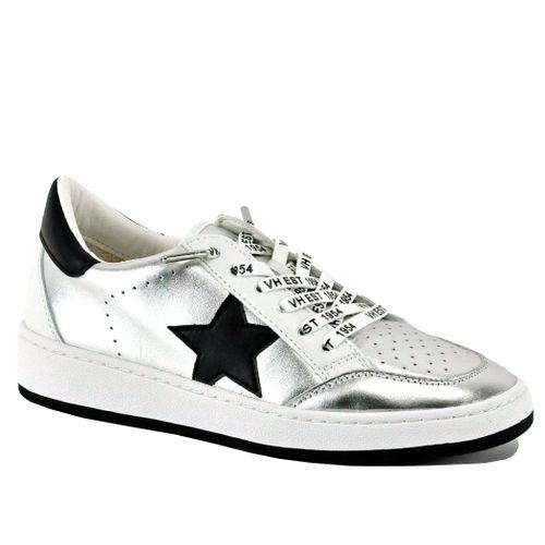 Cristo Metallic Leather Star Sneaker